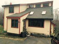 1015 Brentwood Dr, Lake Ariel, PA 18436