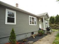511 Canaan Rd, Waymart, PA 18472