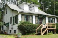 25 Paupack Point Rd, Hawley, PA 18428