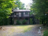 831 Wildwood Ct, Lake Ariel, PA 18436