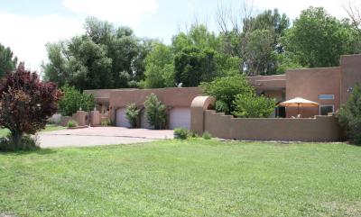 Photo of 14 Blackberry Lane, Los Lunas, NM 87031