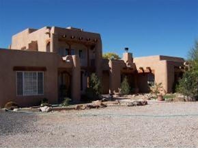 Photo of 4 Gilcrease Road, Los Lunas, NM 87031