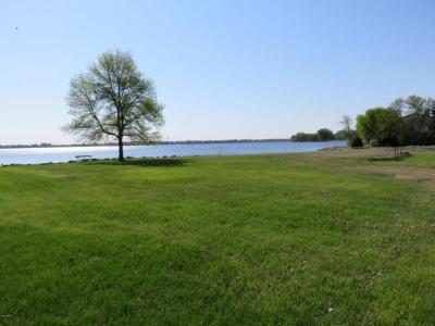 Photo of TBD Marina Bay Dr, Watertown, SD 57201